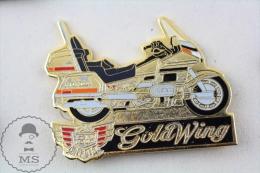 Golden Colour Honda GoldWing Large Motorcicle Pin Badge  #PLS - Transportes