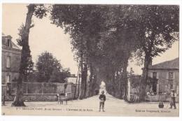 MONCOUTANT  - L'avenue De La Gare.. - Moncoutant