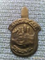 Emblema De Auxilio Social De Alcázar De Segovia. Guerra Civil Española. 1936-1939. Bando Nacional. Sección Femenina - 1939-45