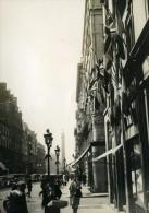 France Paris Rue De La Paix Fête Jubilé Du Roi George V Drapeaux Ancienne Photo 1935 - Places