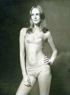 France Paris Maillot De Bain Arnel Mode Feminine Portrait Etude Seventies Ancienne Photo 1970 - Photographs