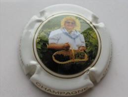 Capsule De Champagne  Générique N° 674 - Champagne