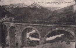 Cp , 66 , Ligne Électrique De La CERDAGNE , Le Viaduc Et La Route - Francia