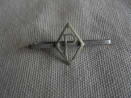 Ancienne Pince à Cravate Initiale P - Cravates
