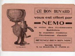 Buvard - Nemo, La Reine Des écrémeuses Suédoises - Carte Assorbenti