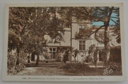 COULONGES SUR L AUTIZE LES JARDINS DE L HOTEL DE VILLE - Coulonges-sur-l'Autize