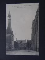 HERBIGNAC - Place De La Mairie - Côté Nord De L'église - Automobile Mairie - Herbignac