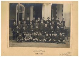 Photo Sur Carton ( Format +/- A4 ) Lycée De TULLE - Photo De Classe De 6 éme A 1924-1925 - LOGES 1935-1936  (fr 26) - Geïdentificeerde Personen