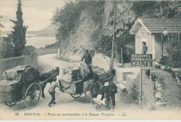 Menton. Visite Des Marchandises à La Douanne Française - Menton