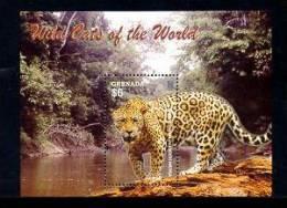 GRENADA   3493 MINT NEVER HINGED SOUVENIR SHEET OF ANIMALS  #  0441-5 ( - Briefmarken
