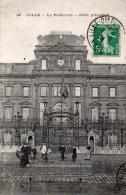 LILLE: La Préfecture ,porte Principale ,n°106 - Lille