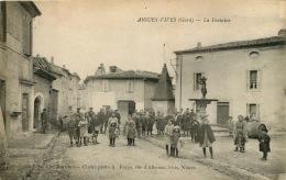 30  AIGUES VIVES  LA FONTAINE - Aigues-Vives