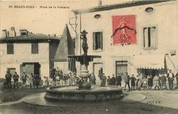30  AIGUES VIVES  PLACE DE LA FONTAINE - Aigues-Vives