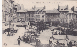 CPA Animée (12)  RODEZ Place Du Bourg Jour De Foire - Rodez
