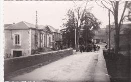 CPSM Animée Dentelée (12)  VILLEFRANCHE De PANAT Avenue De La Mairie - Andere Gemeenten