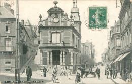 Belle  Cpa -  Dieppe -  La Place Dela Barre ,animée      E761 - Dieppe
