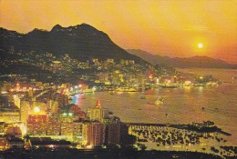 EVENING IN HONG KONG - Chine (Hong Kong)