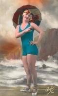 Jeune Femme En Costume De Bains - Lot De 2 Cartes Perfect Colorisées N°89, Non Circulées - Mujeres