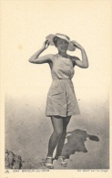 Cayeux-sur-Mer - Femme En Short Sur La Plage - Carte CAP N°3044, Non Circulée - Frauen
