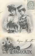Couple De Femmes - La Marguerite - 1: Il M'aime... - Phototypie A. Bergeret - Carte Précurseur - Vrouwen