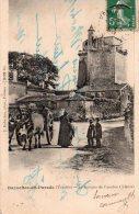 Bazoges En Pareds : Le Donjon De L'ancien Château - France