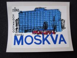 HOTEL CAMPING INN MOSKVA GOTTWALDOV CSSR CZECH REPUBLIC CZECHOSLOVAKIA LUGGAGE LABEL ETIQUETTE AUFKLEBER DECAL STICKER - Hotel Labels