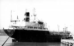 """Photo Navire Bateau   """" Port Lazo    """" Soflumar Pétrolier La Rochelle Palice Port Jérome La Seine - Bateaux"""