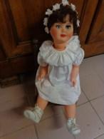 Poupee Hauteur 60 Cm Ancienne + Chaise +vetements Coiffe Chausson-- - Dolls