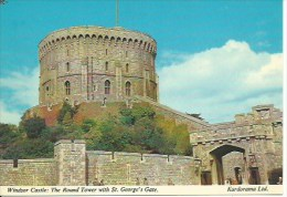 WINDSOR CASTLE : The Round Tower With St George´s Gate - Windsor