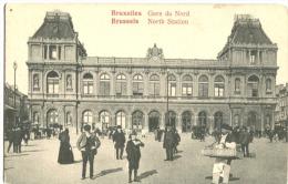 Bruxelles Gare Du Nord Place Rogier Très Animée - Transport Urbain En Surface