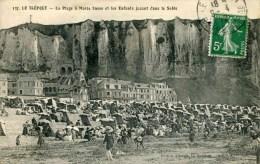137    LE TREPORT - La Plage à Marée Basse Er Les Enfants Jouant Dans Le Sable (date 1912) - Le Treport