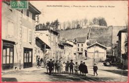 RARE CPA 38 BEAUREPAIRE Place Du Jeu De Paume Et Salle Du Rocher ( Groupe D´ Enfants - Beaurepaire