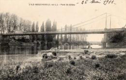 37 INDRE ET LOIRE - L ILE BOUCHARD Pont St Gilles, Lavandières - L'Île-Bouchard