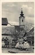 - Pays Divers - Ref- F733 - Hongrie - Hungary - Jeunes Filles De Szekszard En Costume National - - Hongrie
