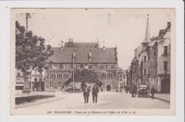 Carte Postale - MULHOUSE - Place De La Réunion Et L'Hotel De Ville - Mulhouse