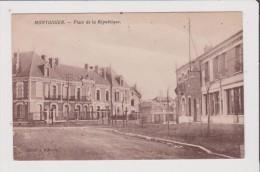 CPA - MONTDIDIER - Place De La République - Montdidier
