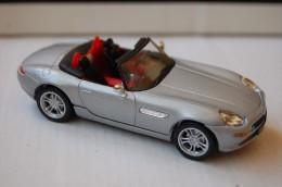 31-114. Coche BMW Z 8 - Solido