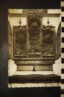 """CP,  BELGIQUE, HERENTALS """" St. Waldetrudiskerk """" Retabel St. Crispien """" . - Herentals"""
