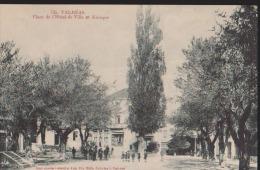 CPA:Valréas:Place De L'hôtel De Ville Et Kiosque - Valreas