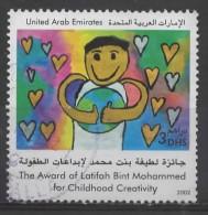 UAE 2002 Children's Paintings - 3d. - Child Holding Heart  FU - Emirats Arabes Unis