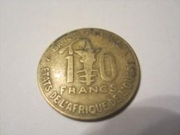 MONNAIE 10 FRANCS BANQUE CENTRALE  ETATS DE L AFRIQUE DE L OUEST 1975 - Africa Orientale E Protettorato D'Uganda