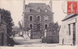 22 COTE D´ARMOR LEZARDRIEUX  La Gendarmerie, Café Boucherie Bourdoulous N° 151 - Frankrijk