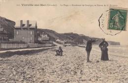 Cpa Vierville Sur Mer  La Plage Boulevard De Cauvigny. Animée - France