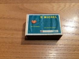 """Ancienne Boîte D´allumettes * En Bois BELGIQUE """"ST MICHEL -  Tout Le Bouquet Des Plus Fins Tabacs"""" (Cigarettes) - Boites D'allumettes"""