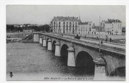 ROANNE - N° 1379 - LE PONT ET LE QUAI DE LA LOIRE -  CPA VOYAGEE - Roanne
