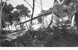 """83 - ST MANDRIER SUR MER : Maison D 'Accueil Et Vacances SNCF """" LE VERT BOIS """" CPSM Dentelée Noir Blanc PF 1955 - Var - Saint-Mandrier-sur-Mer"""