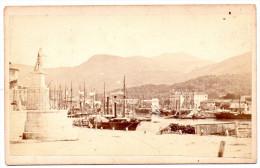 """PHOTOGRAPHIE ALBUMINE Par MIGUEL ALEO """"Nice - Statue De Charles-Felix Sur Le Port"""" Époque : Vers 1860 Cartonnée - Photos"""