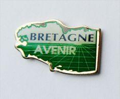 Pin's Carte De Bretagne Bretagne Avenir - Autres