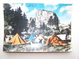 04 CASTELLANE  Terrain Municipal De Camping Le Roc & Notre-Dame-du-Roc - Castellane