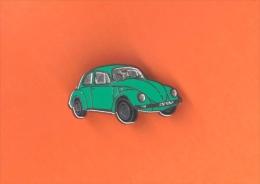 Pin's VW Volkswagen - Coccinelle - Beetle - Käfer - Kever - Escarabajo - Maggiolino - Coccinelle Vert - Volkswagen